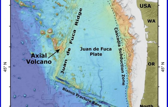A map shows the location of Axial Seamount off the coast of Oregon