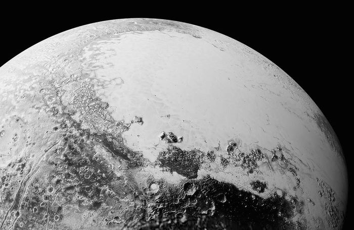 New Horizons has sent back more high detail photographs of Pluto's surface.
