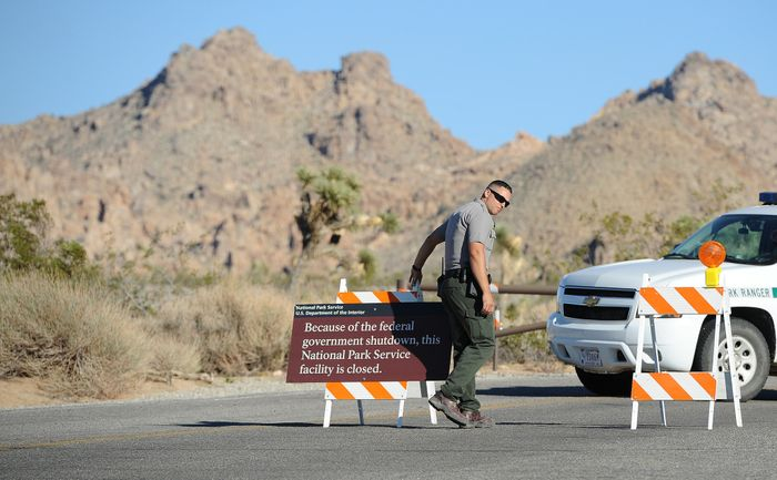 The sign announcing the closure of Joshua Tree National ParkPhoto: KPCC