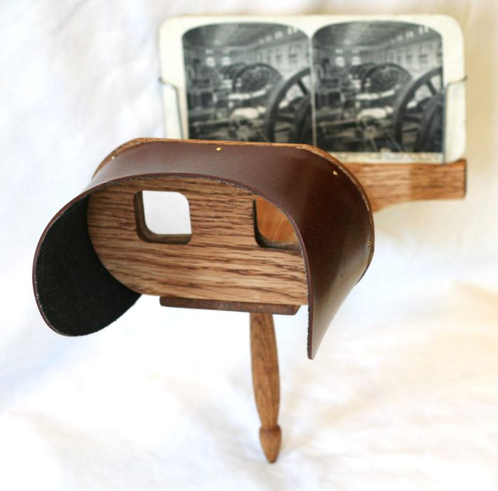stereoscope, credit: public domain