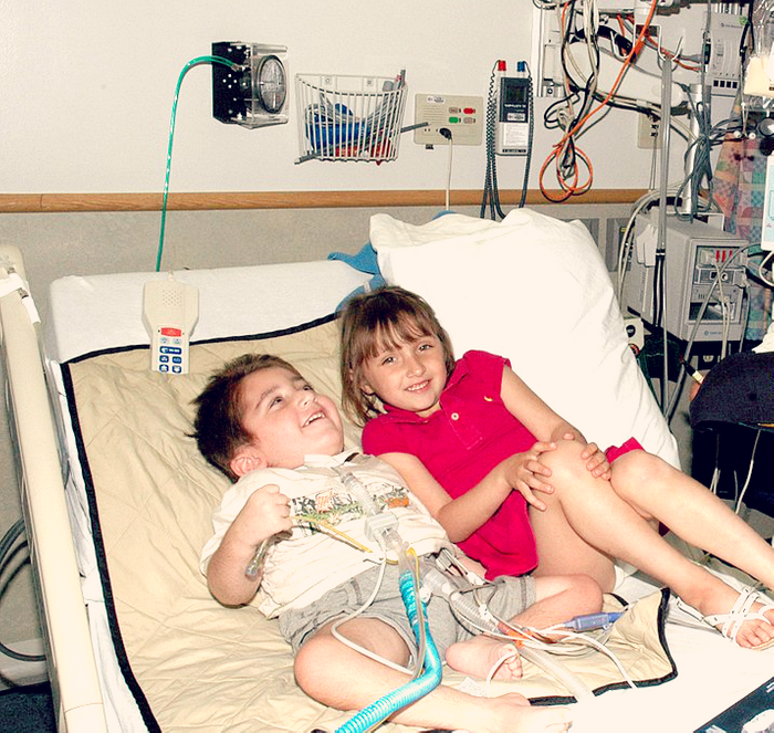 Siblings in a hospital, credit: public domain