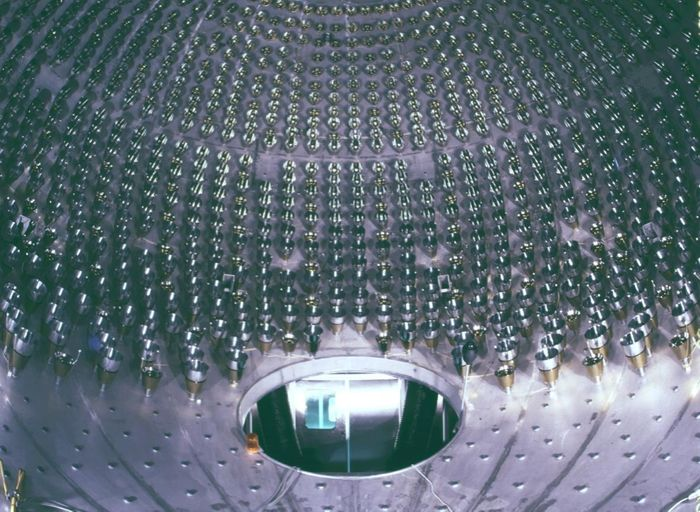Inside the Borexino neutrino detector (Borexino Experiment)