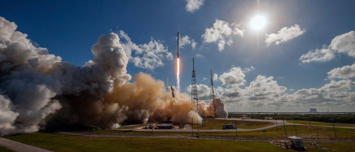 SpaceX has just stuck another Falcon 9 rocket landing at sea, making this the third successful landing in a row.