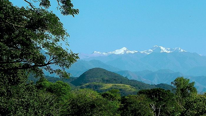 The Sierra Nevada de Santa Marta is a mountain paradise, whose peaks soar more than 18,000 feet above the Caribbean coast of Colombia. Photo: www.colparques.net