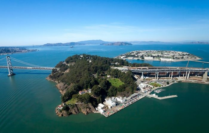 A view of San Francisco Bay and Treasure Island. Photo: California Beaches