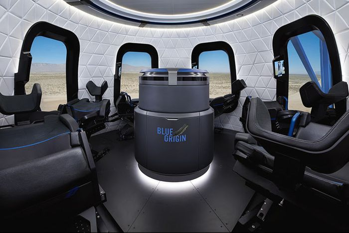 The inside of Blue Origin's space tourism capsule sure looks cozy, doesn't it?