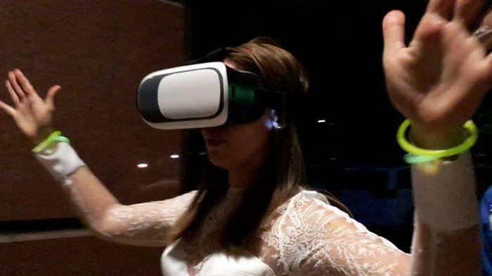 person using VR headset, credit: MONKEYmedia
