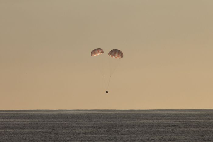 SpaceX Dragon capsule returns to Earth Sunday after almost a month in space.