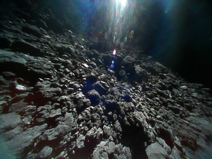 An image of 162173 Ryugu's surface captured during JAXA's Hayabusa 2 mission.