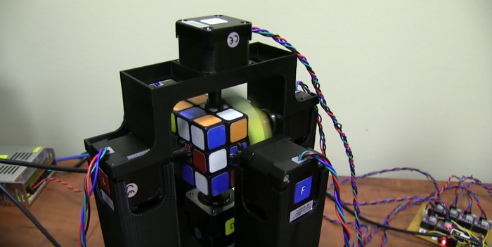 This new machine can solve a Rubik's Cube in under 1.2 seconds.