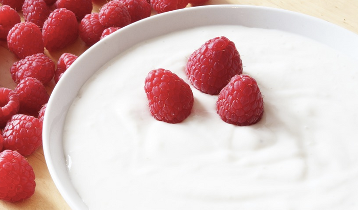 Yogurt seems to help reduce inflammation. / Image credit: Maxpixel