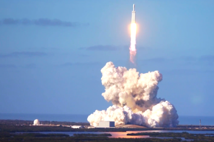 SpaceX's Falcon Heavy rocket as it blasted off from launch pad 39A in Cape Canaveral on Tuesday.