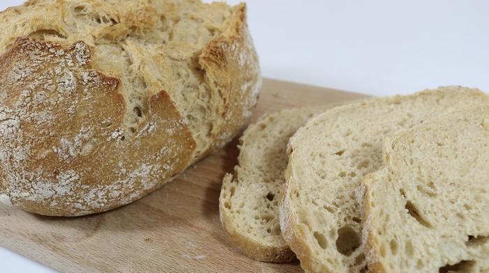 Sourdough bread / Image credit: Pixabay