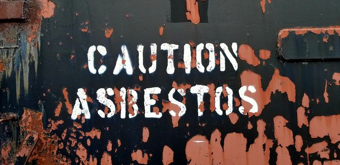 Over 80% of cases arise from exposure to asbestos fibers. Photo: Pixabay