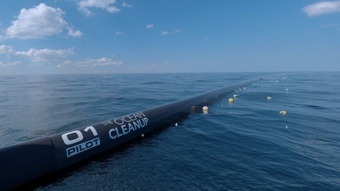 computer rendering of The Ocean Cleanup system, close-up surface view, credit: Erwin Zwart, The Ocean Cleanup