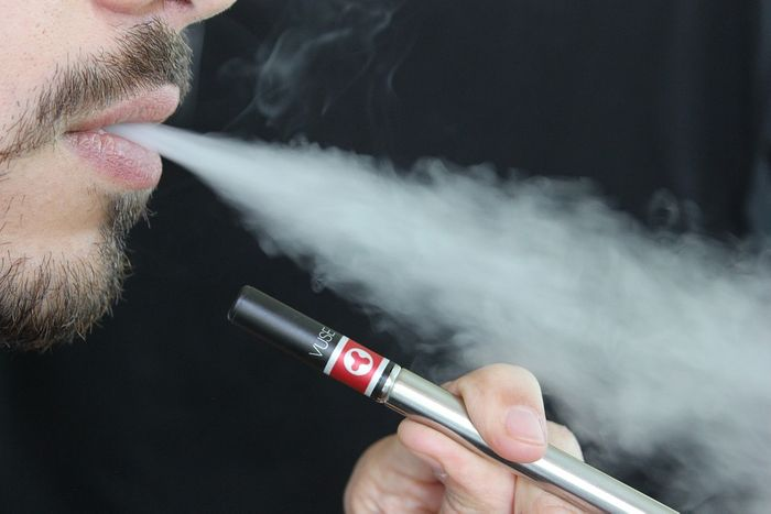 Scientists can't keep up with the quickly evolving industry of e-cigs. Photo: Pixabay