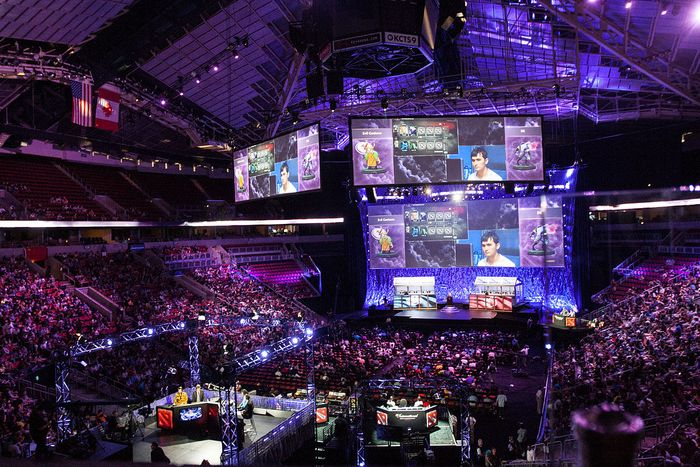 eSports tournament, credit: Creative Commons via Jakob Wells