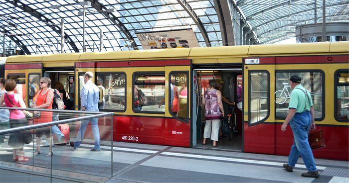 Berlin's S-Bahn Hauptbahnhof. Photo: The Germany Way
