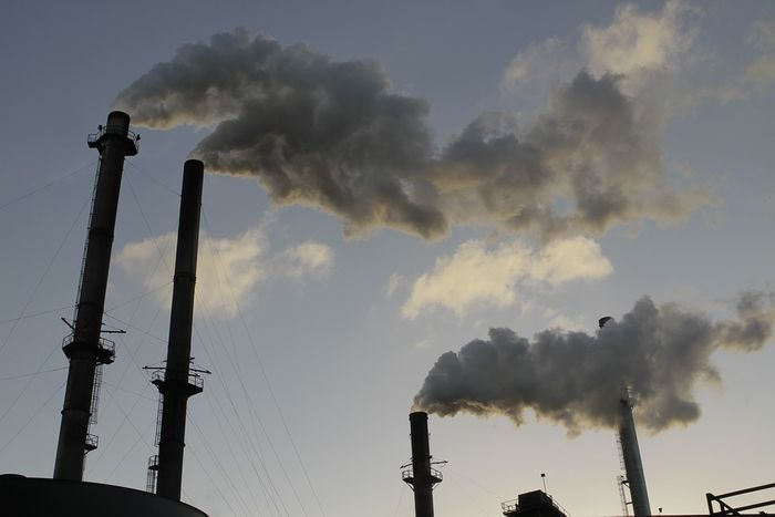 Factory pollution / Image credit: Pixabay